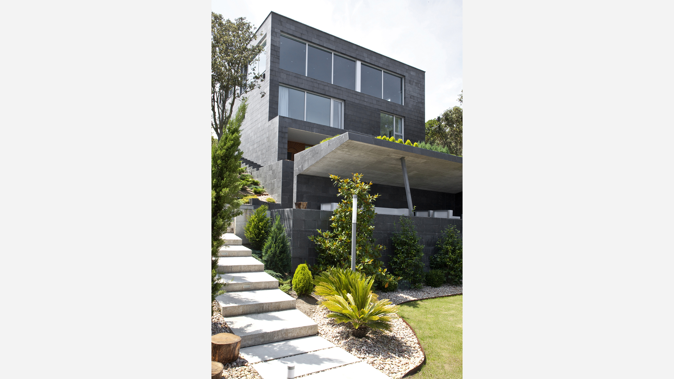 santander house-- (1)