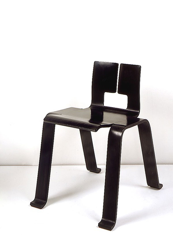 1955 ombre chair by charlotte perriand create for the. Black Bedroom Furniture Sets. Home Design Ideas