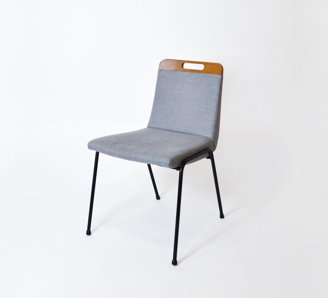 376-GUERMONPREZ-Chaise-tissu-bleu-et-bois@OK