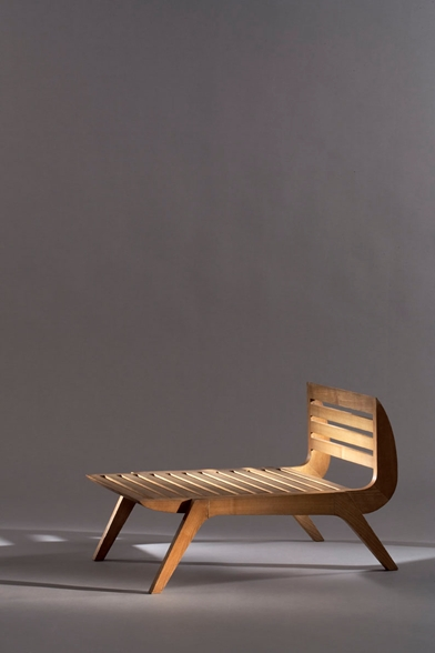 393-charlotte-perriand-fauteuil-bas-tokyo