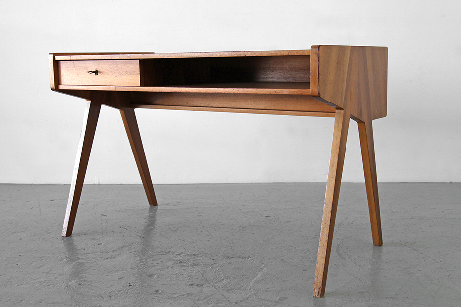 565_Helmut_Magg_Ladydesk_WK_Germany_Normal4